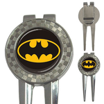 Golf Divot Repair Tool : Batman Shield